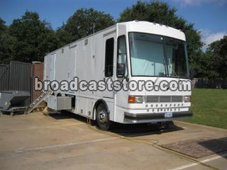 OB TRUCK/TRAILER / 36FT HDTV OB PRODUCTION TRUCK